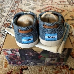 Toms Shoes - TOMS Classics Chambray